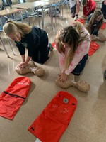 Freshmen Students Learning CPR